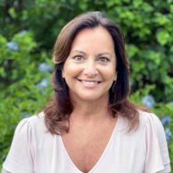 Gina Giambalvo